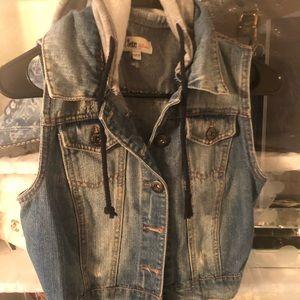 Hooded Jean Vest size sm